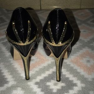 Vince Camuto heels 👠